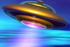 UFO de oro en atmósfera de la Tierra Imagen de archivo libre de regalías