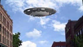 UFO die over de stad vliegen royalty-vrije illustratie