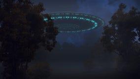 UFO en bosque de la noche Ilustración del Vector