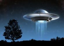 UFO - illustration d'isolement par 3d étrangère de vaisseau spatial illustration libre de droits
