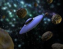 UFO in ruimte Royalty-vrije Stock Afbeeldingen