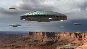ufoinvasion över Grand Canyon royaltyfri bild