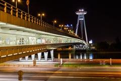 ufotorn och Novy mest bro royaltyfri foto