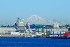 UGG-Korrelterminal in Oost-Vancouver met erachter Onderstel Baker Royalty-vrije Stock Afbeelding