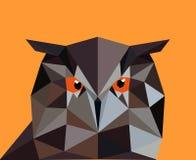 Uggla i en polygonstil Modeillustration av trenden i vagel Royaltyfri Bild