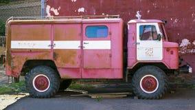 UGLICH, RUSSIA-14 AUGUSTUS Увольняйте ретро автомобиль GAZ-66 (Gorky t Стоковое Изображение
