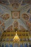 Uglich, Russland Fragment eines Iconostasis und des Freskos subdome Raumes der Transfigurations-Kathedrale lizenzfreies stockbild