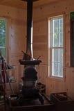 Ugn för trä för hus för landsskola Royaltyfri Fotografi