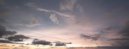 Uguagliare delle nuvole e del cielo Fotografia Stock Libera da Diritti