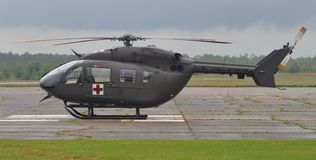 UH-72救伤直升机直升机 免版税库存照片