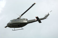 UH-1 Huey Transport-Hubschrauber Lizenzfreies Stockfoto