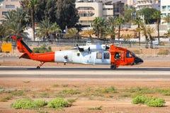 UH 60 de la force multinationale et des observateurs images stock