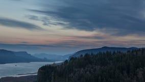 UHD 4k czasu upływ Moonrise i zmierzch Nad Kolumbia rzeki wąwozem zbiory wideo