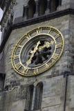 Uhr des Kaisers Wilhelm Memorial Church, Berlin Germany lizenzfreie stockfotos