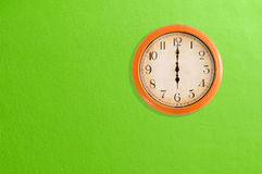 Uhr, die 6 Uhr zeigt Stockfoto