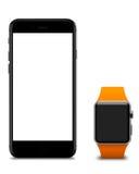 Uhr und Smartphones mit leerem Bildschirm Stockfotos
