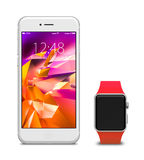 Uhr und Smartphones mit leerem Bildschirm Stockbilder