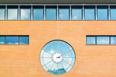 Uhr von Hilversum-Bahnstation, die Niederlande Lizenzfreies Stockfoto