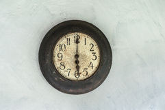 Uhr zeigt sechs Uhr Stockfotos