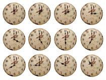 Uhren mit unterschiedlicher Zeit Lizenzfreie Stockbilder