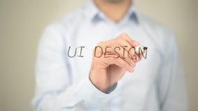 Ui-Design, Mann-Schreiben auf transparentem Schirm Stockbilder