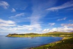 Uig hamn och by, Isle av Skye, Skottland arkivfoto