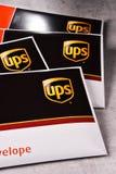 Uinited小包服务或UPS信封  库存图片
