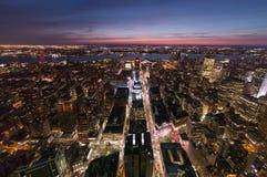 Uit het stadscentrum aan Hudson Stock Afbeeldingen