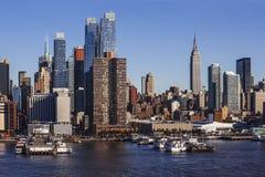 Uit het stadscentrum cityscape van Manhattan van Hudson River Stock Afbeelding