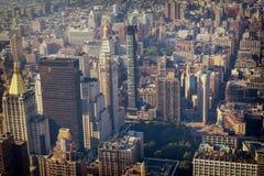 Uit het stadscentrum de gebouwen hoogste mening van Manhattan, gestemd beeld royalty-vrije stock afbeeldingen
