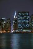 Uit het stadscentrum Manhattan bij nacht Royalty-vrije Stock Fotografie