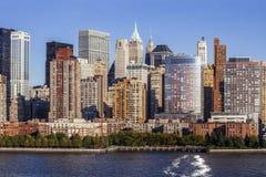 Uit het stadscentrum Manhattan van Hudson River Stock Foto's