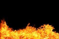 uitbarsting van de achtergrond van de brandvlam met zwarte copyspace stock afbeeldingen