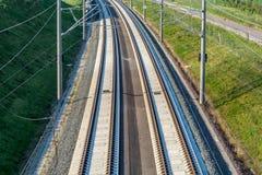 Uitbreiding van infrastructuur met spoorbouw voor hogesnelheidstreinen stock afbeelding