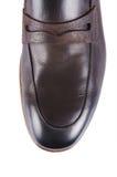 Uiteinde van mannelijke die schoenen op wit wordt geïsoleerd Stock Fotografie