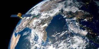 Uiterst gedetailleerd en realistisch hoge resolutie 3D beeld van een satelliet cirkelende Aarde Geschoten van ruimte Stock Afbeeldingen