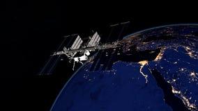 Uiterst gedetailleerd en realistisch hoge resolutie 3D beeld van ISS - Internationale Ruimtestation cirkelende Aarde Geschoten va Stock Fotografie