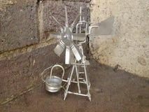 Uiterst klein Tin Replica Of een Windpump stock afbeelding