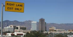 Uitgang aan Tucson de stad in, AZ royalty-vrije stock afbeeldingen