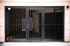 Uitgangs ondergronds parkeren Stock Afbeeldingen