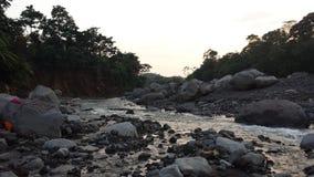 Uitgedroogde bijna Guatemalaanse rivier Stock Afbeeldingen