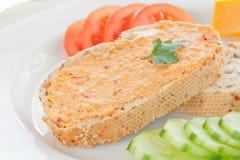 Uitgespreide Hummus Stock Afbeeldingen