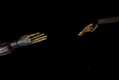 Uitgestrekte handen van standbeeld Royalty-vrije Stock Afbeeldingen