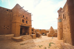 Uitgravingen van het oude dorp in de woestijn royalty-vrije stock afbeeldingen