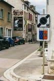 Uithangbordstad Chablis stock fotografie