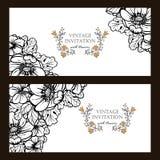 Uitnodiging met bloemenachtergrond Stock Afbeeldingen