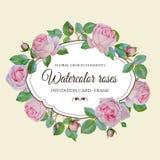 Uitnodigingskaart met kroon van hand-drawn waterverfbloemen Royalty-vrije Stock Afbeeldingen