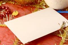 Uitnodigingskaart op Kerstmisachtergrond, nieuwe jaarkaart Royalty-vrije Stock Foto's