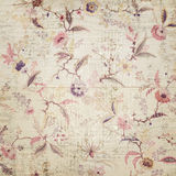 Uitstekend bloemenbehang Stock Foto's