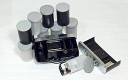 Uitstekend camera en 35mm filmbroodje Royalty-vrije Stock Fotografie